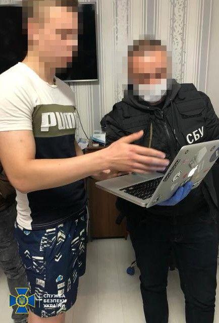 СБУ викрила групу хакерів, які крали відповіді на екзаменаційні білети