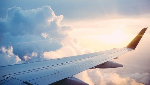 Міжнародні авіакомпанії вимагатимуть від пасажирів вакцинуватися від коронавірусу