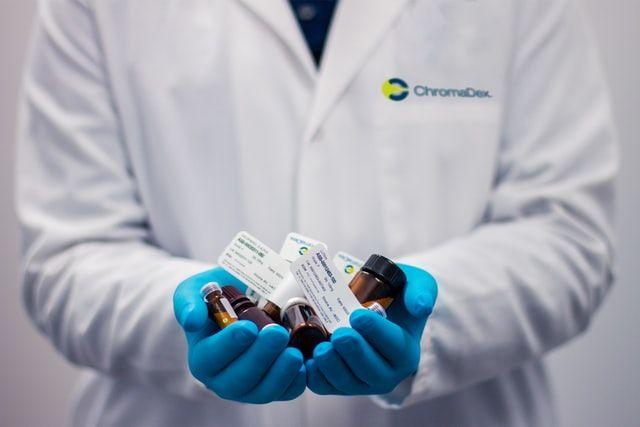 В Україні запустили онлайн-сервіс, який показує наявність в лікарнях і аптеках ліків проти COVID-19