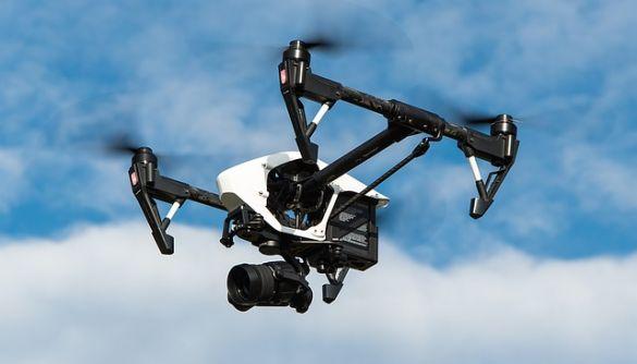 У США дронам дозволять літати над людьми та вночі