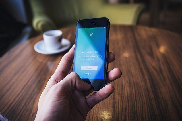 Twitter заблокувала понад 70 тисяч акаунтів, які поширювали теорії змови QAnon
