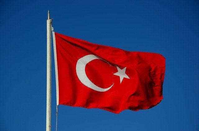 У Туреччині заборонили рекламу Twitter і Pinterest. Соцмережі проігнорували новий закон