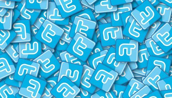 Соцмережа Twitter запустила програму, яка дозволить маркувати фейки
