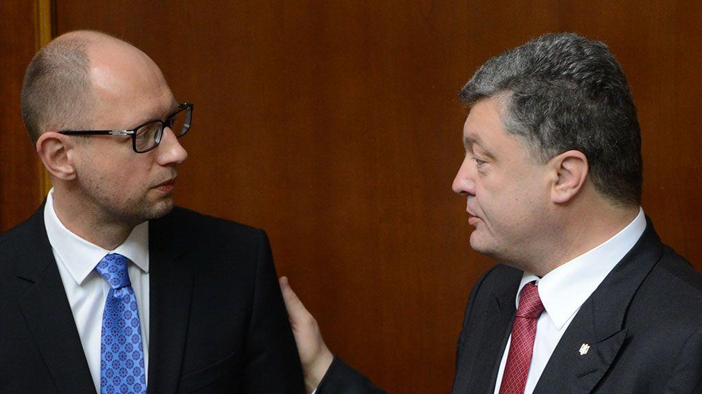 Порошенко і Яценюк попіарились у новинах на арешті Навального — моніторинг