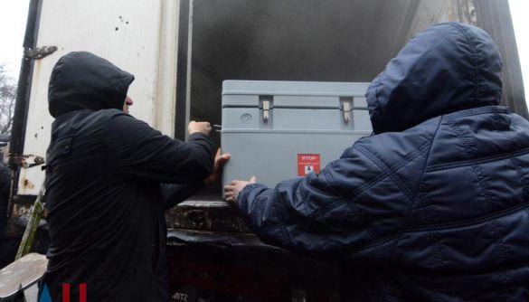 У «ДНР» заявили про початок вакцинації «Супутником V», поки в Росії заперечують факт постачання на Донбас своєї вакцини