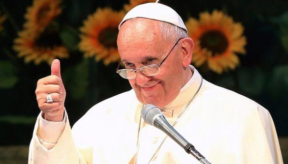 «Невакцинованих до раю не пустять». Пов'язана з РПЦ газета поширює фейкову «заяву» Папи Римського