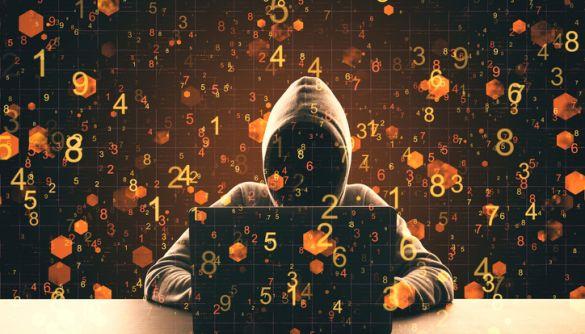 На Київщині викрили хакерів, які на замовлення зламували акаунти посадовців – СБУ