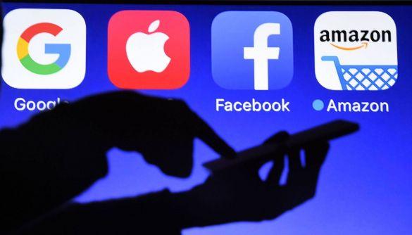 Агрегуєш — плати. Як уряди змушують Facebook і Google ділитися грішми з медіа