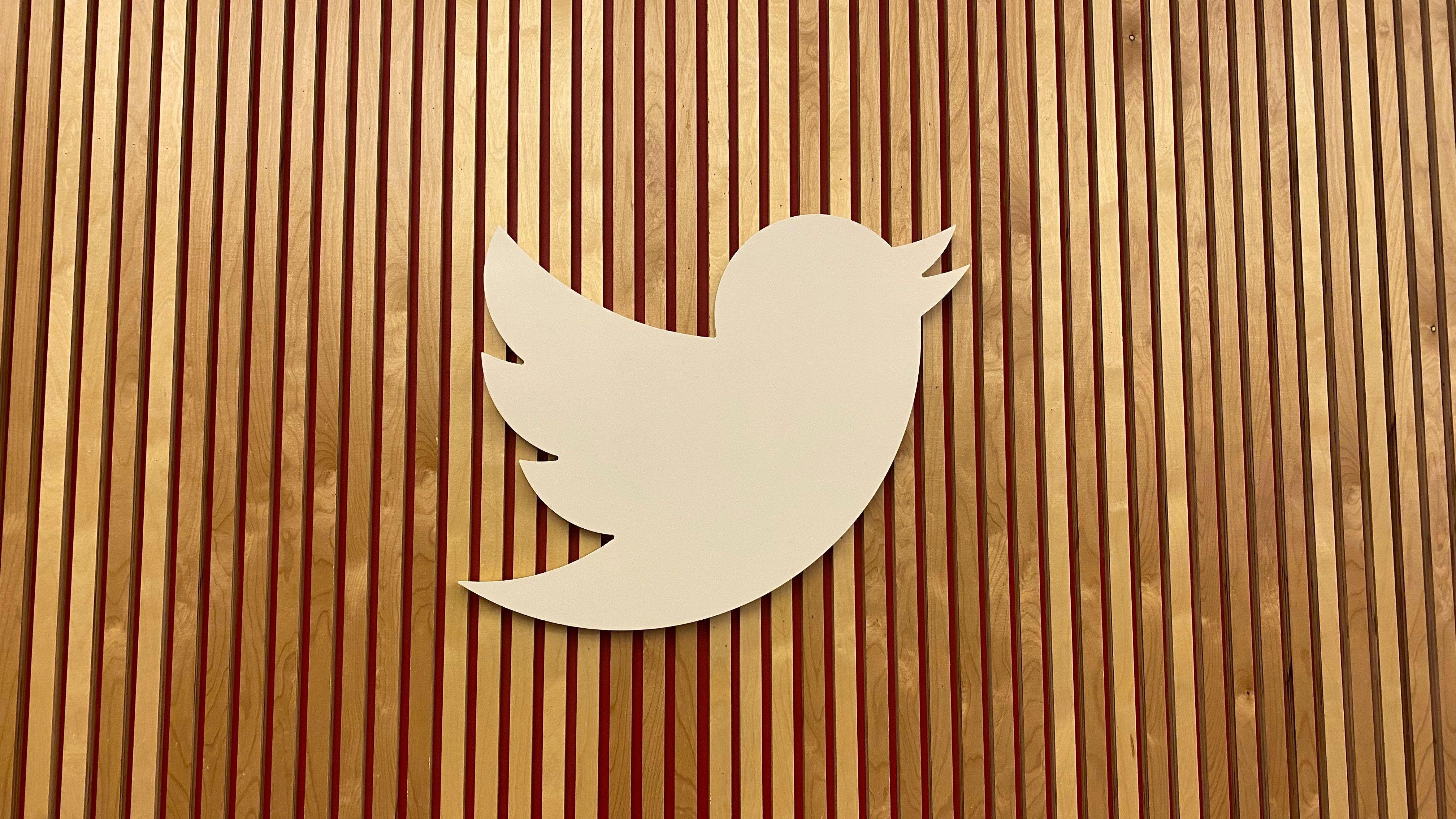 Російский суд оштрафував Twitter на $116,5 тис. через відмову видалити заклики до участі в мітингах