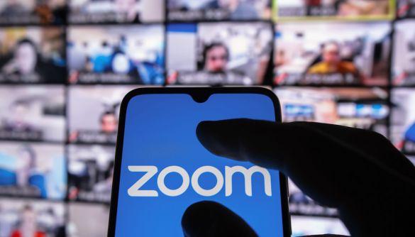 Zoom заборонив російським чиновникам і держкомпаніям користуватися своїм сервісом