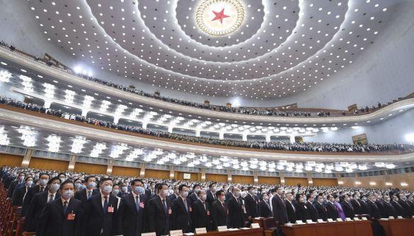 У Китаї відкрили «гарячу лінію», щоб скаржитись на критиків комуністичної партії в інтернеті