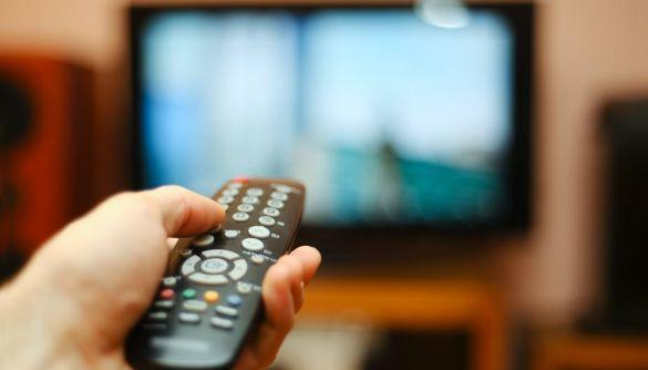 «Європейська солідарність» та «Голос» обійшли партію Медведчука за кількістю згадок у теленовинах — моніторинг