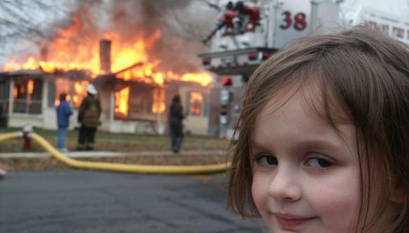 «Дівчина-катастрофа» продала своє знамените фото як NFT за 488 тисяч доларів