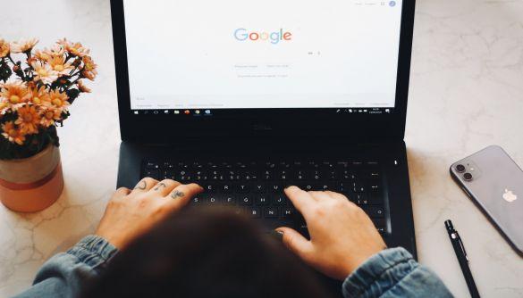 Google Assistant запускає нові функції до Дня матері