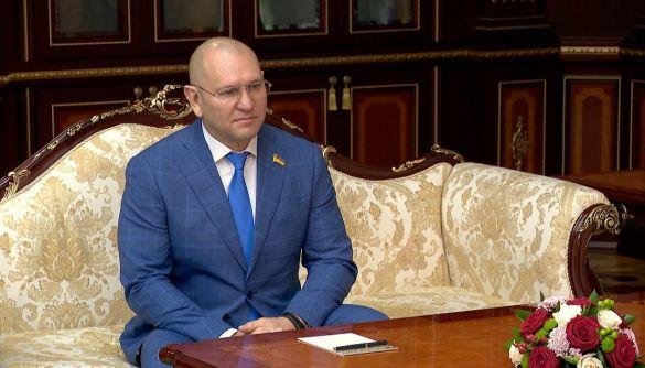 «Слугу народу» Шевченка, який підтримує Лукашенка та привітав затримання Протасевича, виключили з фракції