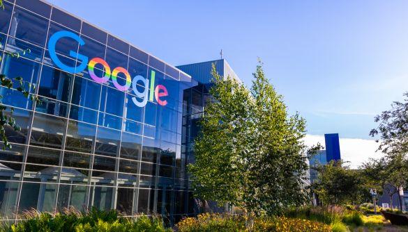 Роскомнагляд погрожує уповільнити трафік сервісів Google у Росії