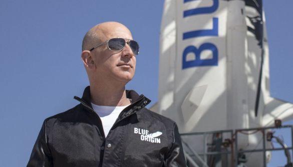 Джефф Безос візьме участь у першому пасажирському рейсі космічної компанії Blue Origin