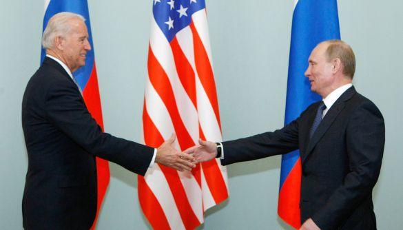 Байден передав Путіну «послання» про потенційну відповідь на кібератаки – Білий дім