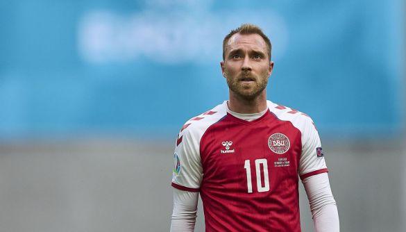 У мережі поширюють фейк про те, що у данського футболіста зупинилося серце внаслідок щеплення вакциною Pfizer