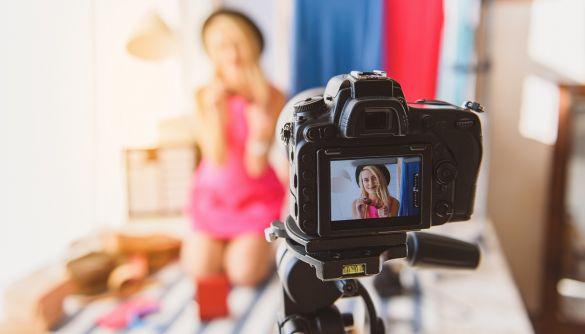 У Норвегії блогерів зобов'яжуть позначати відретушовані фотографії у соцмережах