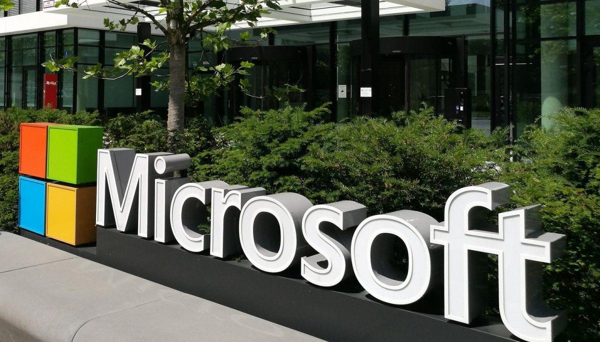 Microsoft виплатить працівникам по 1500 доларів як бонус за їхню роботу під час пандемії