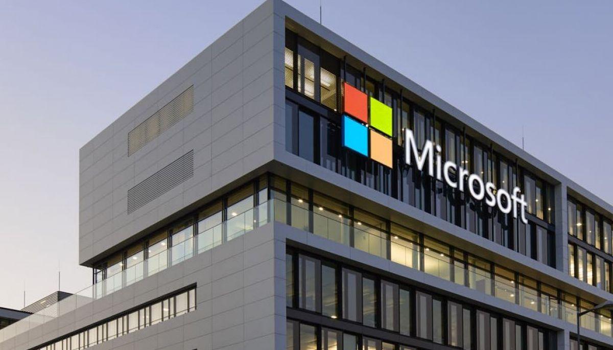ЗМІ: Microsoft купує виробника софту для кіберзахисту, щоб протистояти глобальним атакам
