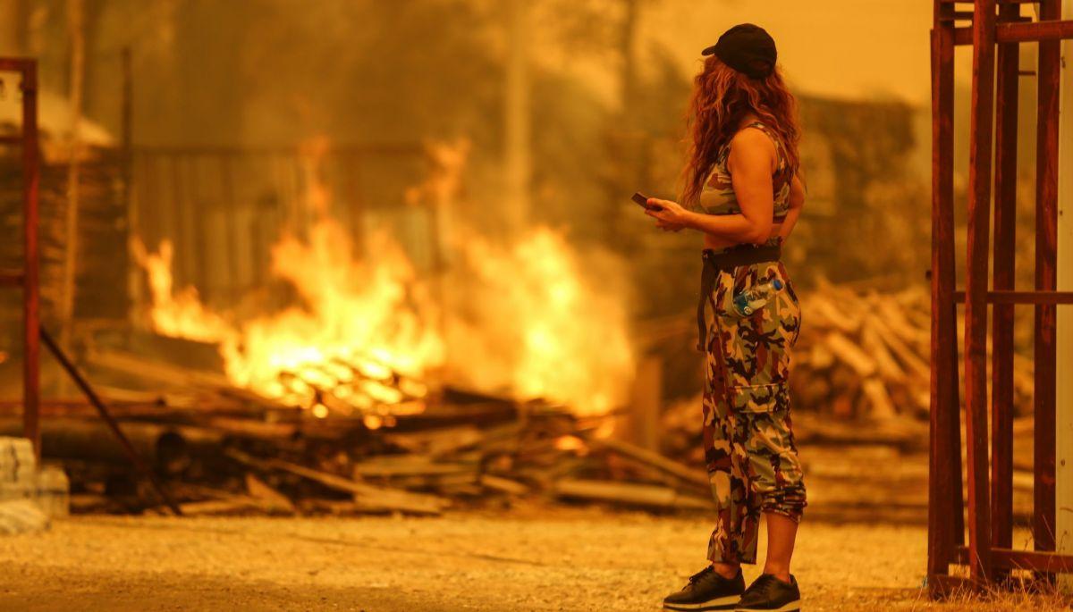 У Туреччині розслідують кампанію у соцмережах із закликами допомогти країні у боротьбі з пожежами