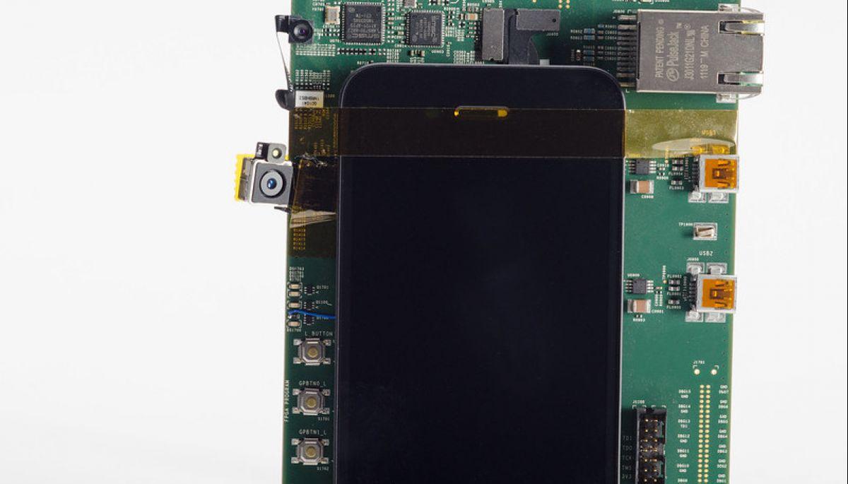 Айфони Apple подорожчають через дефіцит мікросхем – Wall Street Journal