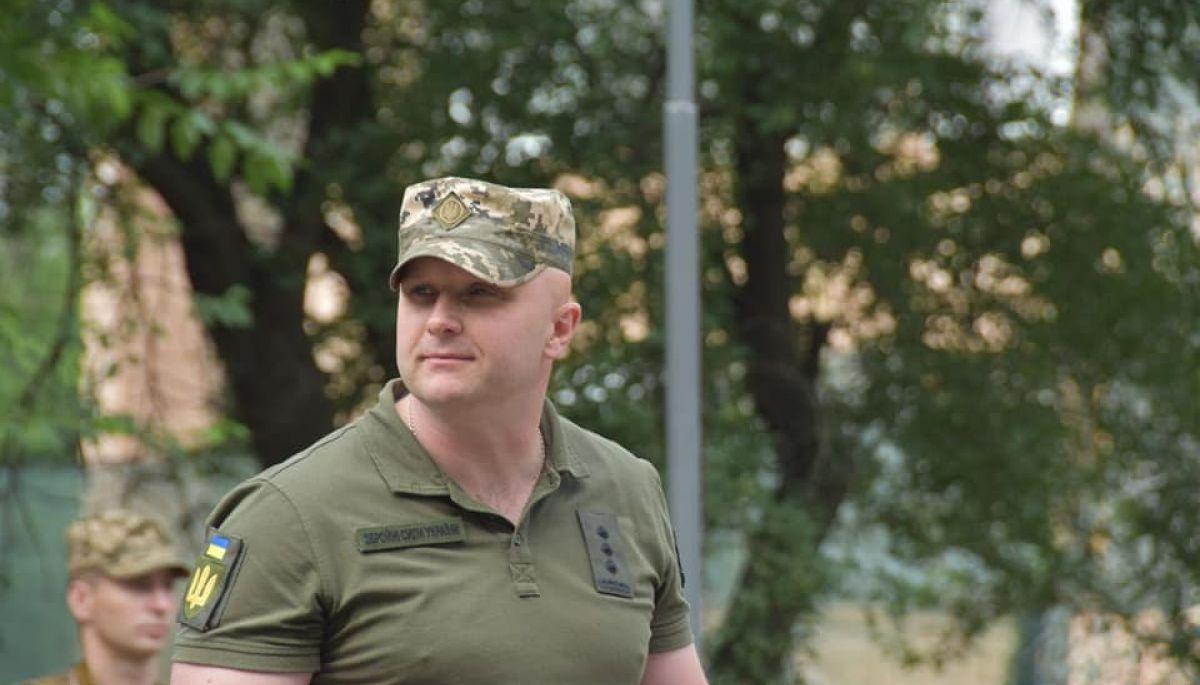 «Сказали правду». Головнокомандувач ЗСУ підтвердив виконання кричалки «Путін – ху*ло» на репетиції параду