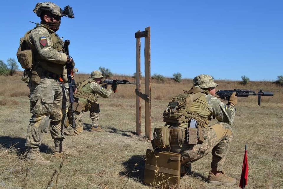Фейк: Українські військові навчання поблизу Криму під загрозою зриву через спалах COVID-19