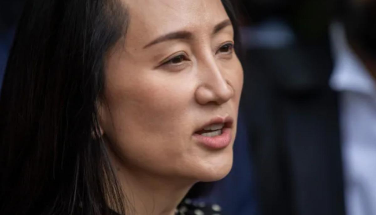 Доньку засновника Huawei відпустили після 3 років домашнього арешту в Канаді. Вона повертається в Китай