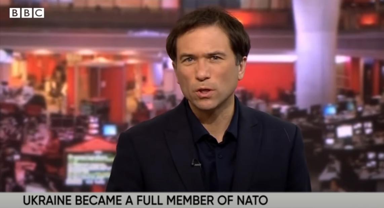 Прямий канал привітав Порошенка фейковими повідомленнями про входження України в ЄС і НАТО (ВІДЕО)