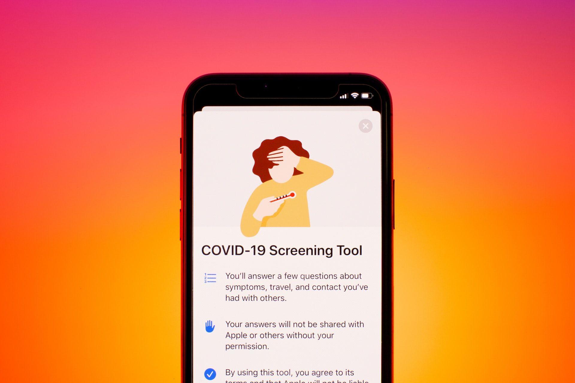 Вакцинуйся, щоб розблокувати айфон. Маніпуляції і фейки про коронавірус в українських медіа 27 вересня — 3 жовтня 2021 року