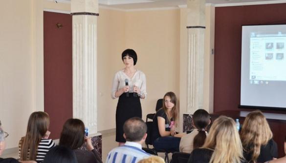 Юлія Галушка: «Журналістам важко спілкуватися з лікарями, але їм з нами також»