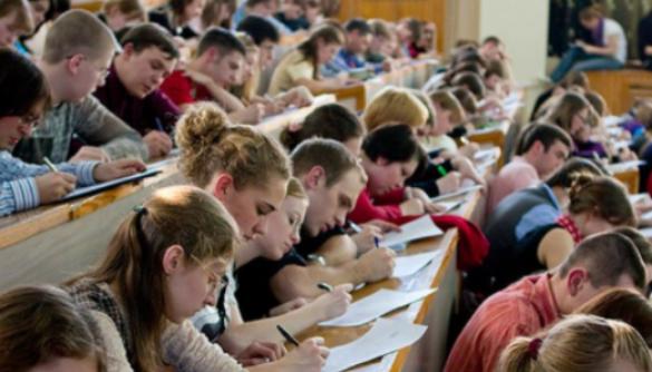 Студентів готують до втечі з журналістського ґетто