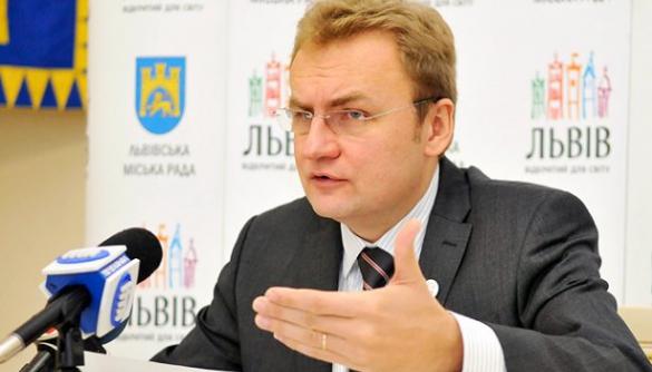 Медіамер: як всеукраїнські ЗМІ писали про Андрія Садового під час виборів