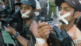 Свобода преси в Пакистані: помри або сідай у тюрму!