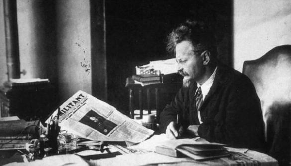 Сталін і його головний конкурент: міф про «демона революції»