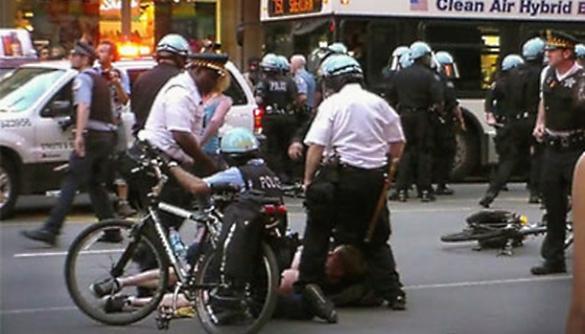 Репортери та поліцейські:  на тонкій межі