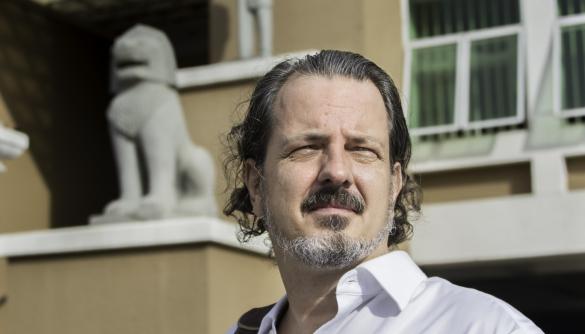 У Камбоджі британському журналісту винесли вирок за дифамацію